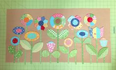 Bee In My Bonnet: Sew Simple Shapes - Patchwork Flower Garden Tutorial! Applique Tutorial, Applique Patterns, Quilt Patterns, Embroidery Applique, Quilting Tutorials, Quilting Projects, Sewing Projects, Quilting Ideas, Small Quilts