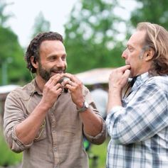 The Walking Dead, Andy and Greg behind the scenes - Don't know why, but I love this picture!