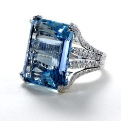 Brazilian Aquamarine and Diamond Ring