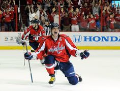 Ovi scores off the rebound to tie game 6 and take it to OT.