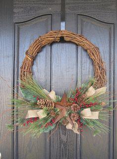 Burlap Rustic Star Holiday Grapevine Wreath