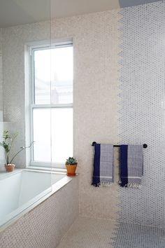 Unique Bathroom Tile Blue & White Colorblock