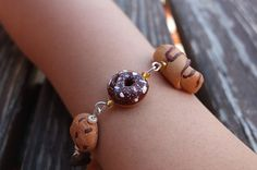 Pastry linked Bracelet by MarylandCo on Etsy, €8.00
