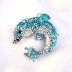Claire's Accessories, Bridesmaid Accessories, Bohemian Accessories, Halloween Accessories, Beaded Purses, Beaded Jewelry, Diy Bead Embroidery, Nautical Jewelry, Beaded Brooch
