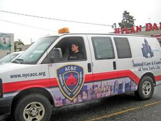 NYC Animal Care & Control patrols Staten Island streets