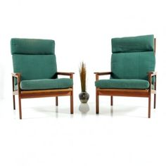 Pair of lounge chairs by Illum Wikkelsø for Niels Eilersen, 1960s