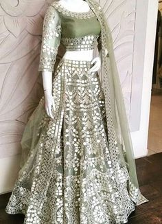 Indian Wedding Gowns, Indian Gowns Dresses, Indian Bridal Outfits, Indian Fashion Dresses, Dress Indian Style, Indian Designer Outfits, Pakistani Dresses, Designer Dresses, Indian Sarees