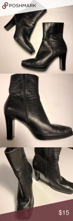 "Black genuine leather boots 9.5 - platform 4"" heel Black genuine leather boots, featuring a square toe, 3/4"" platform & 4"" heel. Boot extends 6.5"" above top of heel. Inside zip. Rubbery non-slip soles with minimal wear. From Worthington. Real leather priced below plastic ""pleather"". Shows a few scuffs & signs of wear as shown in pics, priced accordingly but still in good condition.great with jeans or dressier attire! Size 9.5.  (#1035) Worthington Shoes Heeled Boots"