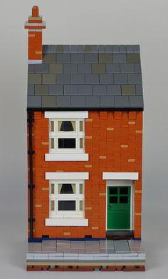 The Bear's British Victorian Terrace House Building Front, Lego Building, Building Design, Lego Modular, Lego Christmas Village, Casa Lego, Victorian Terrace House, Lego Pictures, Lego Trains