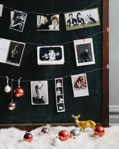 A CUP OF JO: Great idea for holiday cards... This would also be good for years of Christmas pictures on santas lap