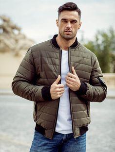 Pánska zelená bomber bunda MNAK-84A Winter Jackets, Vest, Outfit, Fashion, Winter Coats, Outfits, Moda, Winter Vest Outfits, Fashion Styles