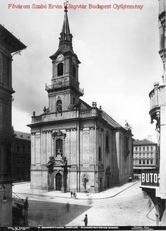 Catholic church in the Király utca, 1894 Old Pictures, Old Photos, Vintage Photos, Vintage Architecture, Budapest Hungary, Historical Photos, The Past, Marvel, World