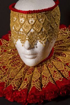 Carnival Gold Lace Mask
