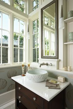 Minnetonka Shingle-Style traditional bathroom