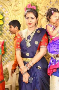 Silk Saree Blouse Designs, Fancy Blouse Designs, South Indian Weddings, South Indian Bride, Wedding Saree Collection, Indian Bridal Hairstyles, Elegant Saree, Fancy Sarees, Sumo