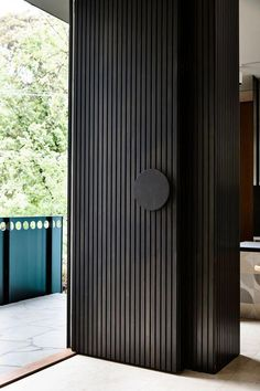 Eaglemont House by Kennedy Nolan - Uși - Door Design Front Door Entrance, House Entrance, Entry Doors, Front Doors, Front Entry, Garage Doors, Modern Entrance Door, Door Entryway, Pivot Doors