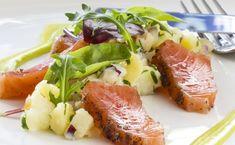 [Spécial #RawFood🍴]  10 recettes à dévorer toutes crues !  #tagliatelles #carpaccio #involtini #boeuf #tataki #thon #saumon #salade #tartare #concombre #avocat #ceviche Ceviche, Carpaccio, Tuna, Steak, Fish, Chicken, Cucumber, Salad, Kitchens