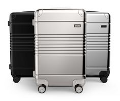 Arlo Skye delivers aluminum luggage at a reasonable price.