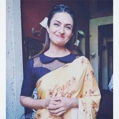 New Saree Blouse Designs, Choli Blouse Design, Fancy Blouse Designs, Stylish Blouse Design, Designer Blouse Patterns, Blouses, Person Sitting, Saree Dress, Woman Clothing