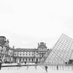Louvre 💖 #ig_paris #paris #louvre #pyramid