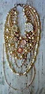 wednesday 3 o'clock: growing flowers & growing up Chunky Jewelry, I Love Jewelry, Statement Jewelry, Diy Jewelry, Beaded Jewelry, Vintage Jewelry, Jewelry Necklaces, Jewelry Design, Fashion Jewelry
