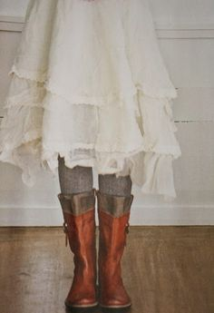 layer linens? via: me and Alice: Frilly things