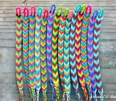 Friendship Embroidery Bracelets Custom Chevron Friendship Bracelets ((choose your own colors)) Homemade Bracelets, Diy Bracelets Easy, Summer Bracelets, Bracelet Crafts, Cute Bracelets, Braclets Diy, Chevron Armband, Chevron Bracelet, Thread Bracelets