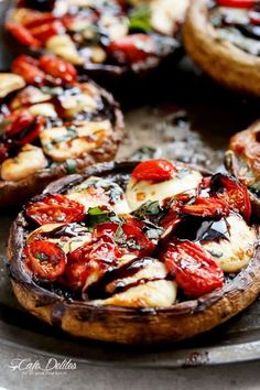Caprese Stuffed Garlic Butter Portobellos Garlic butter smothered Portobello Mushrooms stuffed and grilled with fresh mozzarella cheese, grape tomato slices, and drizzled with a rich balsamic glaze! G Low Carb Recipes, Cooking Recipes, Healthy Recipes, Burger Recipes, Vegetable Recipes, Vegetarian Recipes, Appetizer Recipes, Dinner Recipes, Appetizers