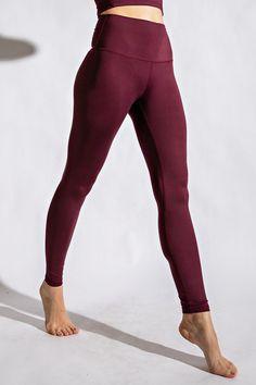 These lux butter yoga pants are so soft and smooth. Perfect for all your gym needs. Features: Butter soft, Full length compression, wide waist band with yoga stitch and pocket Fit: True to size Workout Meal Plan, Yoga Lessons, Fitness Tips For Women, Yoga Pants, Fitness Motivation, Health Fitness, Lose Weight, Butter, Smooth