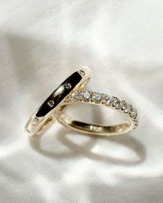 The Royal Flush, The Eternity Get the ring of your dreams at a price well suited to your budget. #bmloves #bridalmusings #engagementrings #weddingrings #rings Things To Buy, Stuff To Buy, Bridal Musings, Sparklers, Brides, Budget, Wedding Rings, Dreams, Engagement Rings