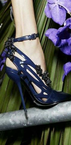 Midnight blue shoes by Dior love the color, material and upper design, but heels…? Dream Shoes, Crazy Shoes, Me Too Shoes, Hot Shoes, Blue Shoes, Shoes Heels, Dior Sandals, Blue Sandals, Sexy Heels
