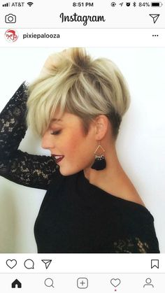 Tendance Coupe & Coiffure Femme Description I really need my bangs to lay like these! Cute Hairstyles For Short Hair, Short Hair Cuts For Women, Pretty Hairstyles, Short Hair Styles, Funky Short Hair, Really Short Hair, Ladies Hairstyles, Winter Hairstyles, Short Cuts