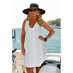 Shop Plus Size Dresses at AlwaysForMe.com - for beautiful this figure flattering dress. Classic and comfortable casual dress available in black, white or turquoise. 1x-3x