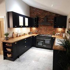 Kitchen Room Design, Modern Kitchen Design, Home Decor Kitchen, Interior Design Kitchen, New Kitchen, Brass Kitchen, Kitchen Oven, Kitchen Ideas, Kitchen Hardware