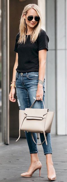 fine 34 Casual Chic Outfit Ideas for Summer https://attirepin.com/2018/02/22/34-casual-chic-outfit-ideas-summer/ #fashionideas