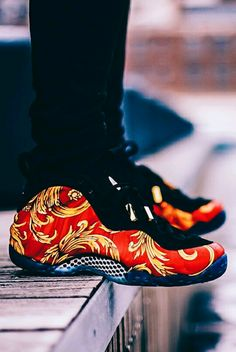 "Supreme x Nike Foamposite ""Sport Red"""