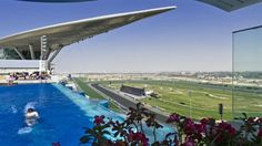 Hotel The Meydan Hotel Racecourse, Dubai, Emiratele Arabe Unite Hotel Swimming Pool, Water Pictures, Great Hotel, Rooftop Terrace, Cheap Hotels, Beach Pool, Cool Pools, Dubai, Outdoor