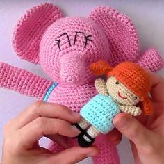 Patronesamigurumi.org es el mayor banco de patrones amigurumi en español. Haz click y descubre los mejores patrones de la red! Crochet Patterns Amigurumi, Amigurumi Doll, Crochet Dolls, Crochet Baby, Free Crochet, Knit Crochet, Crochet Ideas, Knitting Projects, Sewing Projects