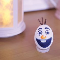 Minion Easter Eggs, Cool Easter Eggs, Olaf, Easter Arts And Crafts, Easter Crafts For Kids, Funny Eggs, Egg Shell Art, Diy Ostern, Egg Designs