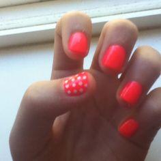 Love this color nail polish Coral Nail Polish, Coral Nails, Polish Nails, Girls Time, Hot Nails, Nails Inspiration, Beauty Nails, How To Do Nails, Summer Nails