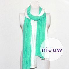 Comfortabele duo sjaal van katoen in mintgroen en wit. Home made. http://www.auko.nl