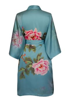 Print Kimono Short Robe - Peony and Bird (cameo blue) Johann Wolfgang Von Goethe, Blue Kimono, Bridesmaid Robes, Silk Shorts, Queen, Beautiful Outfits, Beautiful Clothes, Comfortable Outfits, How To Feel Beautiful