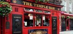 Dublin: strazi cochete, elegante si inguste, incarcate cu cladiri vechi din caramida, la parterul carora puburi clasice si pline de viata iti deschid portile calduros
