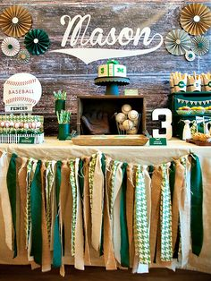 Vintage Baseball Party {Buralp & Houndstooth}