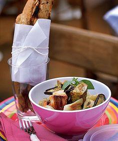 Ratatouille e tartine de pão integral (Foto: Rogério Voltan/Editora Globo)