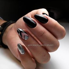 Beautiful Unique and Trendy Nail Designs 2017 Rose Nails, Oval Nails, New Year's Nails, Hair And Nails, Nagellack Trends, Nagel Gel, Beautiful Nail Designs, Fabulous Nails, Creative Nails