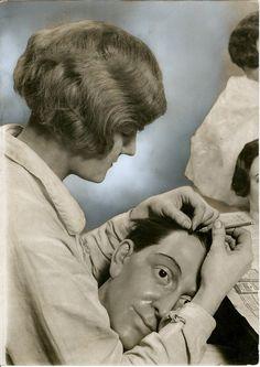 Vintage Photography - Mannequin / Wig / Odd / Funny / Humor