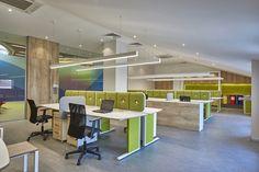 Workspace at Halaman Printing's office in Istanbul