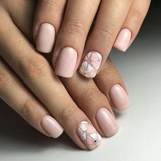 Stylish Nail Designs for Nail art is another huge fashion trend besides the stylish hairstyle, clothes and elegant makeup for women. Nowadays, there are many ways to have beautiful nails with bright colors, different patterns and styles. Pale Pink Nails, Nude Nails, Trendy Nail Art, Stylish Nails, Hair And Nails, My Nails, Nail Polish, Flower Nails, Nails Inspiration