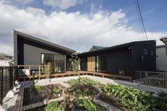コの字の家 外観 重量木骨の家 選ばれた工務店と建てる木造注文住宅